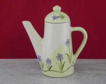 syrup server/handpainted/teapot design/slant blue flower/butter melter/sauce server/gift/