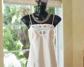 Vintage 1980s Nylon and Lace Apricot Camisole, Size 12-14 (373)