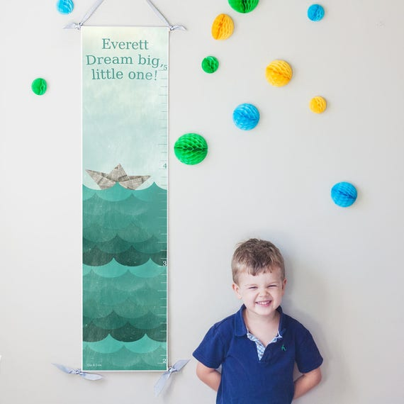 "Personalized Paper boat ""Dream Big"" canvas growth chart"