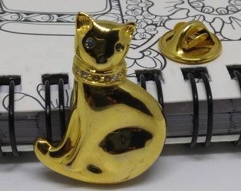 Vtg Carolee Gold cat pin Animal brooch pin feline kitty cat jewelry