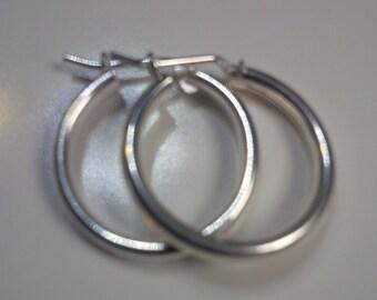 Earrings in Sterling Silver, Hoop Earrings in Sterling Silver