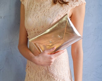Rose gold leather clutch bag / Copper envelope clutch / Bag available with wristlet / Genuine leather / Wedding clutch / Bridesmaid gift