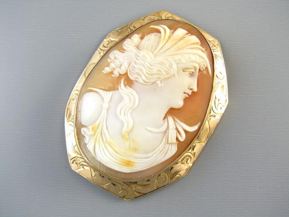 Antique Victorian LARGE rose gold  cameo pendant necklace signed F.P. Scofield