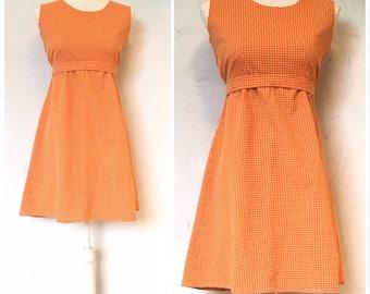 1970s  Maternity dress, Plaid dress, Gingham dress, Sundress,  Sleeveless dress, Empire waist, High waist, Spring summer dress,