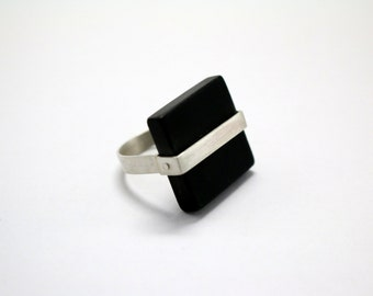 Sterling silver ring with square black agate, modern ring, black, Contemporary Jewelry, Minimal, natural black stone ring