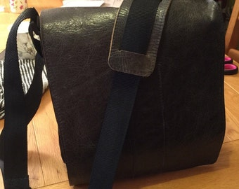 Leather Messenger Bag (Man Bag)