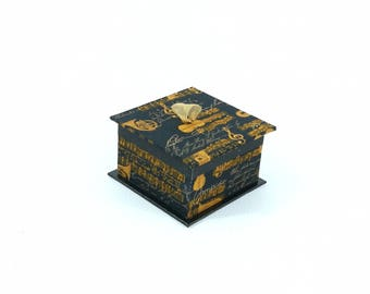 BOX dragees - chocolates Tin - black and gold music themed