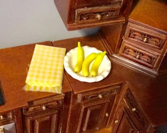 Dollhouse Miniature Bowl Of Bananas