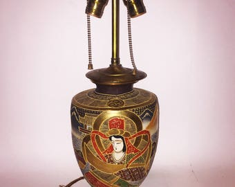 1920s 1930s Antique Vintage Japanese Satsuma Moriage Table Lamp with Original Fixture and Cloth Covered Cord