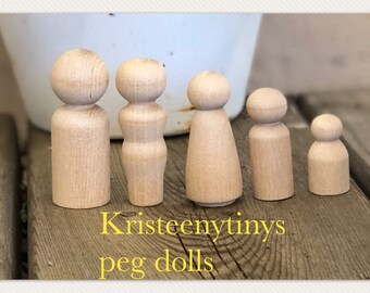 Set of 5 family*BLANK* peg dolls