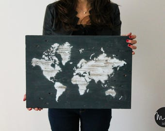 World picture 50 x 35 cm ruined effect handmade with natural wood made from pallets and colored
