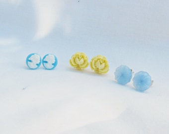 Blue White Earring Set Ear Studs Vintage Cabochon Flower Floral Ice Cream Cameo Jewellery Jewelry Handmade dspdavey Two Cheeky Monkeys