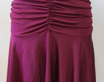 Burgundy color skirt with gathered design plus made in USA. (vn94)