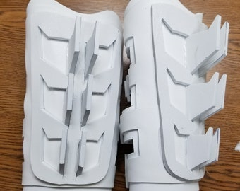 Batman Gauntlets and armor for Cosplay