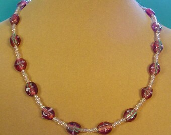"Very pretty 18"" Lampworked Glass Necklace - N361"
