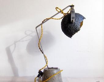EGGSHELL desk lamp, paper mache, iron support and concrete base
