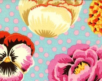 Kaffe Fassett - Big Blooms Duck Egg - 1/2 yard cotton quilt fabric 516