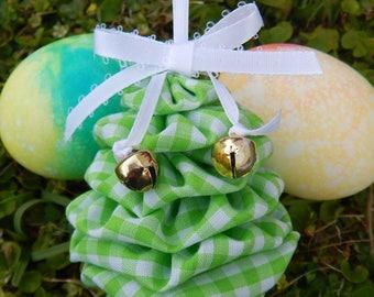 Green and White Gingham Yo Yo Egg Ornament