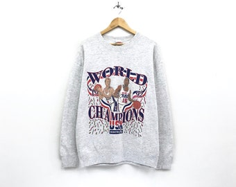 World 1992 champions crewneck Sweatshirt jumper big print spell out logo pullover / NBA / Usa basketball team / hip hop style / large size