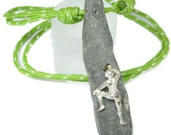 Pendant woman rock climbing. Climbing jewelry. Climbing pendant. Climbing woman pendant. Outdoorjewels. Outdoorjewelry. Mountains.