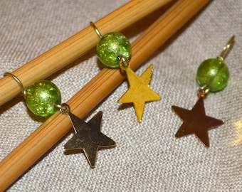 Bronze Star Charm Lime Green Metallic Crackle glass bead handmade stitch markers for knitting (Qty 12)