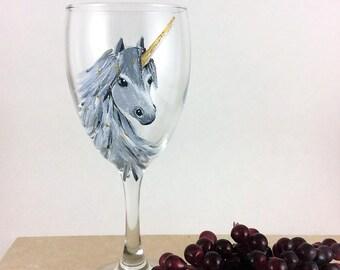 Unicorn gift Idea, Gold Unicorn horn, Wine lover gift, Wine Glass, Gift for Girlfriend, Gift for her, unicorn, Best wine gift, Gift for mom