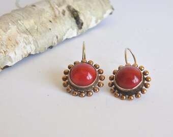 Vintage Inspired Silver Coral Earrings,Red Coral Earrings,holiday jewelry, Gift for Her,Red Dangle Earring,Silver Coral Earrings,
