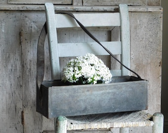 Vintage Galvanized Tool Tote with Leather Handle, Primitive Farmhouse Decor