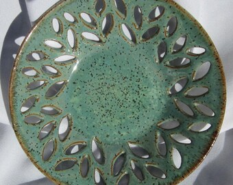 Bowl Robin with Leaves -  Decorative Handmade Pottery - See shop for more