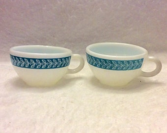 Vintage Pyrex double tough coffee cups. Set of 2