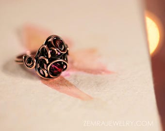 Copper Wire Wrap Ring Czech Glass Beads Amethyst and Garnet Colors Size 6 Ring Copper Jewelry Dancing Wire Loops Victorian Gothic Wire Ring