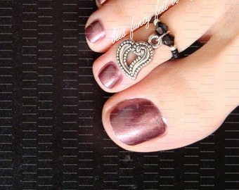 Heart Toe Ring, Heart Ring, Heart Charm Bead, Black Crystal Bicones, Black Beads, Silver Beads, Toe Ring, Ring, Stretch Bead Toe Ring