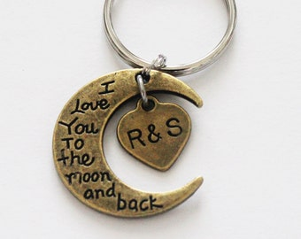 I LOVE YOU gift. Anniversary Gift, Bronze. I Love you to the moon and back INITIAL keychain. Couples Gift. anniversary, Gift for girlfriend