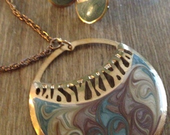 vintage refashioned pendant/earrings set