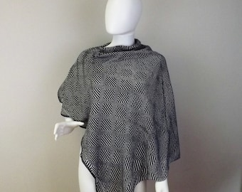 Handmade Knit  Poncho - Trippy Black and White