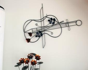 Violino (in sculture da parete in metallo)