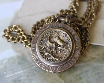 BIRD Lover, Victorian Picture Button BIRD Necklace, Vintage Chain Chunky Necklace Long, Jewelry with Birds, Antique Button Jewelry veryDonna