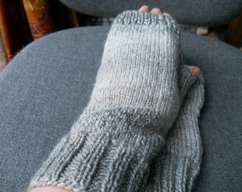 grey tweed fingerless gloves for a man