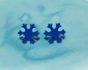 Snowflake (large) shaped resin stud earrings (pair)