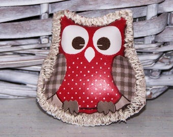 Waxed canvas sewn 5 cm x 4 cm brooch: OWL owl (looking)!