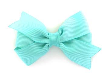 Aqua hair bow - 3 inch hair bows, aqua bow, hair bows, girls bows, baby bows, girls hair bows, toddler hair bows, blue hair bow, hair bow