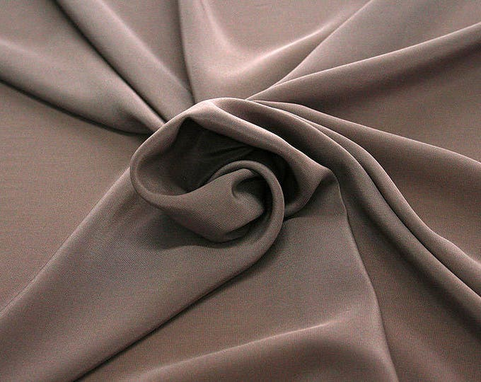 301021-crepe de Chine natural silk 100%, wide 135/140 cm, made in Italy, dry cleaning, weight 88 gr, price 1 meter: 45.38 Euros
