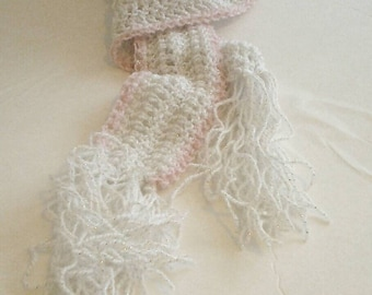 Child's Pink and White scarf