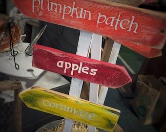 Harvest fall arrow signs
