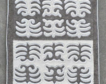 "Felt rug Kyrgyz Shirdak carpet - 31"" x 62"" - 79 x 157 cm. - Free shipping!"