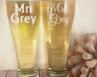 Mr. and Mrs. Engraved Pilsner Set - His and Hers Wedding Gift - Engagement Gift - Personalized Wedding Gift - Wedding Glass Set
