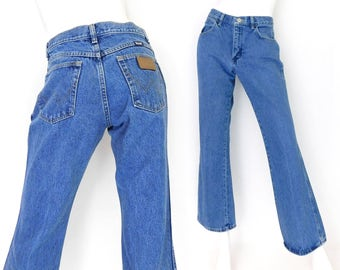 Sz 6/8 90s Boot Cut Wrangler Women's Jeans  - Midrise Blue Denim Cowgirl Dungarees - Wrangler MWZ Flared Jeans