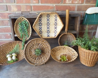 Vintage Wall BASKET COLLECTION, Gallery Wall Basket Decor, Hanging Baskets, Boho Style Decor,Set of 7 Wicker Rattan Baskets,Jungalow Baskets