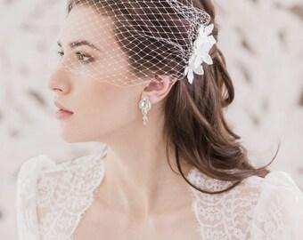 Flower Bandeau Wedding Veil, Bandeau veil, Wedding veil, Bridal veil, Face veil, Ivory veil, White veil, Bridal Accessories, Russian netting
