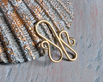 4 brass wire wiggles, links or connectors, 20 ga wire, hand crafted jewelry findings, decorative links for jewellery making, more available.